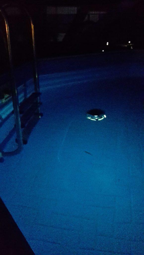 Solar Pool Licht in Aktion