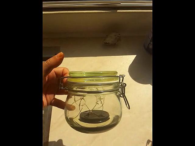 Eine gute Glasform für ein schwimmendes Solar LED Glas.